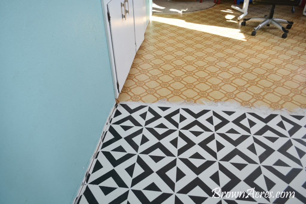 How to Paint your vinyl floor