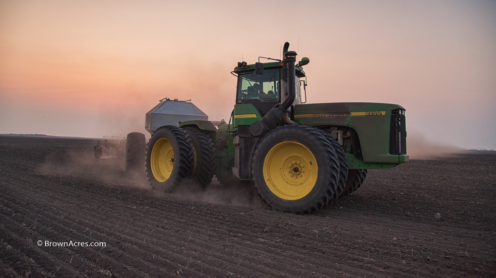 John Deere 9200 with Bourgault drill planting